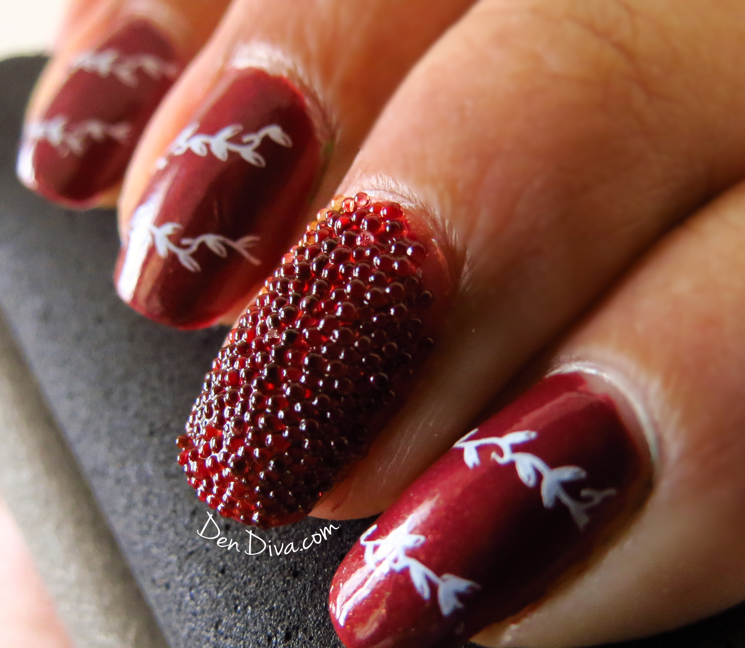 Caviar (Microbead) Nail Art