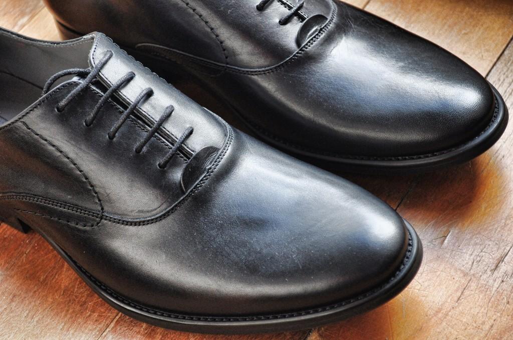 shoes-918543_1920